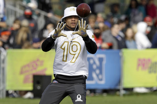 NFC wide receiver Kenny Golladay, of the Detroit Lions, catches a pass during a practice for the NFL Pro Bowl football game Wednesday, Jan. 22, 2020, in Kissimmee, Fla. (AP Photo/Chris O'Meara)