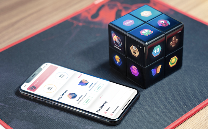 The WowCube works in tandem with a smartphone app to give you access to all the content you could ever want.