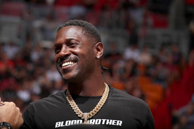 Antonio Brown put his emotions on the internet again on Friday. (Issac Baldizon/NBAE via Getty Images)