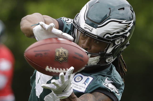 <p>Philadelphia Eagles' Marcus Johnson catches a pass during an NFL football rookie minicamp at the team's training facility in Philadelphia, May 12, 2017. (Photo: Matt Rourke/AP) </p>