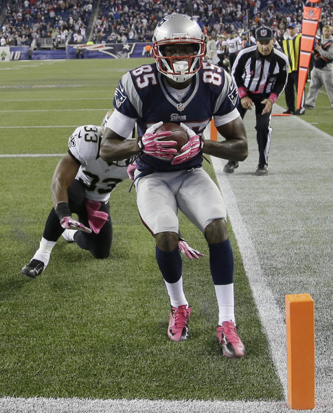New England Patriots wide receiver Kenbrell Thompkins (85) holds the winning touchdown catch in front of New Orleans Saints cornerback Jabari Greer (33) in the fourth quarter of an NFL football game Sunday, Oct.13, 2013, in Foxborough, Mass. The Patriots won 30-27. (AP Photo/Stephan Savoia)