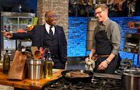 <p>Guest star Al Roker checks up on Bobbly Flay as he competes during the Signature Dish challenge on <em>Beat Bobby Flay</em>.</p>