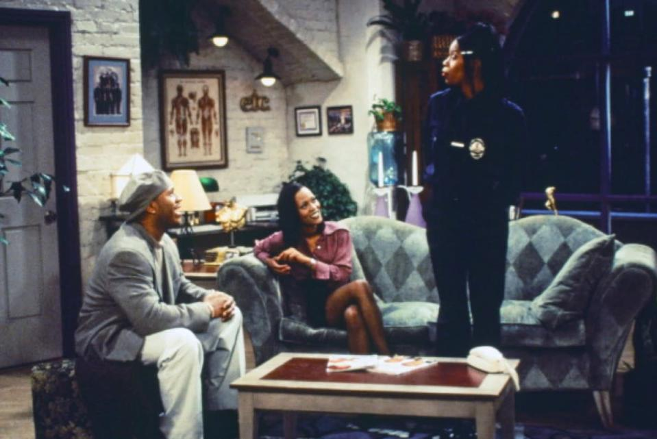 """<i>In the House </i>stars<strong> LL Cool J </strong>as Marion, a former NFL player who quite literally has to have people """"in the house."""" Facing financial issues, he rents out part of his home to a family, including a mom played by <strong>Debbie Allen</strong>. During its five seasons (1995-1999), the show also brought on <i>The Fresh Prince of Bel-Ai</i>r's <strong>Alfonso Ribeiro</strong> and<i> In Living Color</i>'s <strong>Kim Wayans</strong>."""