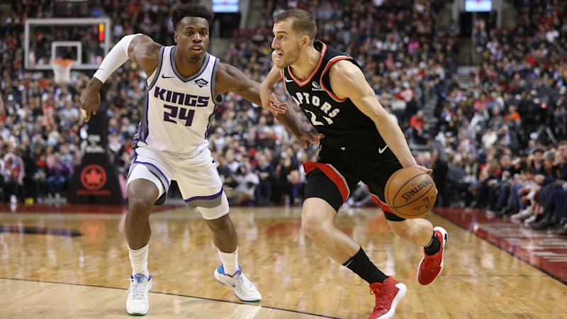 TORONTO, ON- NOVEMBER 6 - Toronto Raptors guard Matt Thomas (21) runs past Sacramento Kings guard Buddy Hield (24) as the Toronto Raptors beat the Sacramento Kings 124-120 at Scotiabank Arena in Toronto. November 6, 2019. (Steve Russell/Toronto Star via Getty Images)