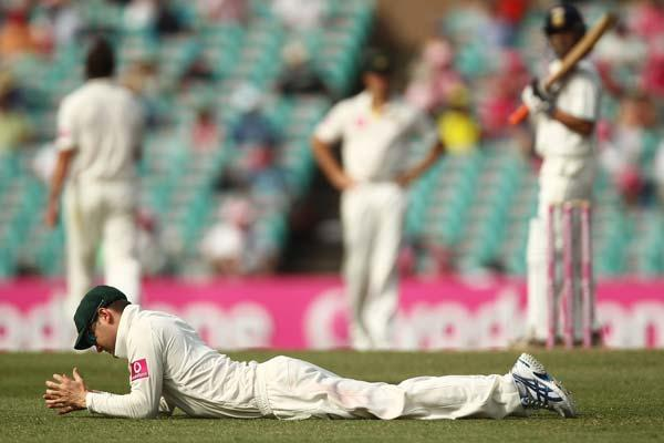 SYDNEY, AUSTRALIA - JANUARY 05: Michael Clarke of Australia reacts after missing a catching opportunity during day three of the Second Test Match between Australia and India at Sydney Cricket Ground on January 5, 2012 in Sydney, Australia.  (Photo by Mark Metcalfe/Getty Images)