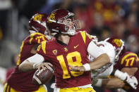 Southern California quarterback JT Daniels looks for a receiver during the first half of the team's NCAA college football game against the Washington State, Friday, Sept. 21, 2018, in Los Angeles. (AP Photo/Jae C. Hong)