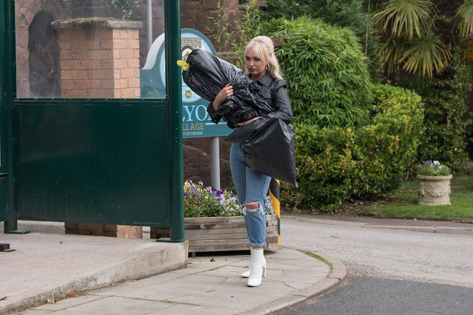 <p>The fightback against the blackmailer continues.</p>