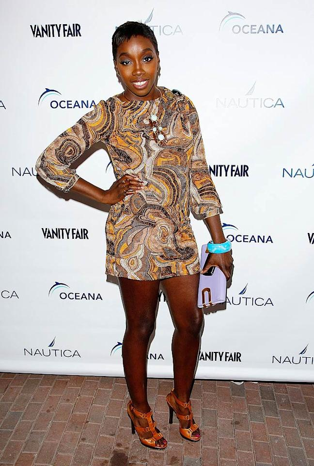"""Estelle can sing! She just can't accessorize. Jemal Countess/<a href=""""http://www.gettyimages.com/"""" target=""""new"""">GettyImages.com</a> - June 8, 2009"""