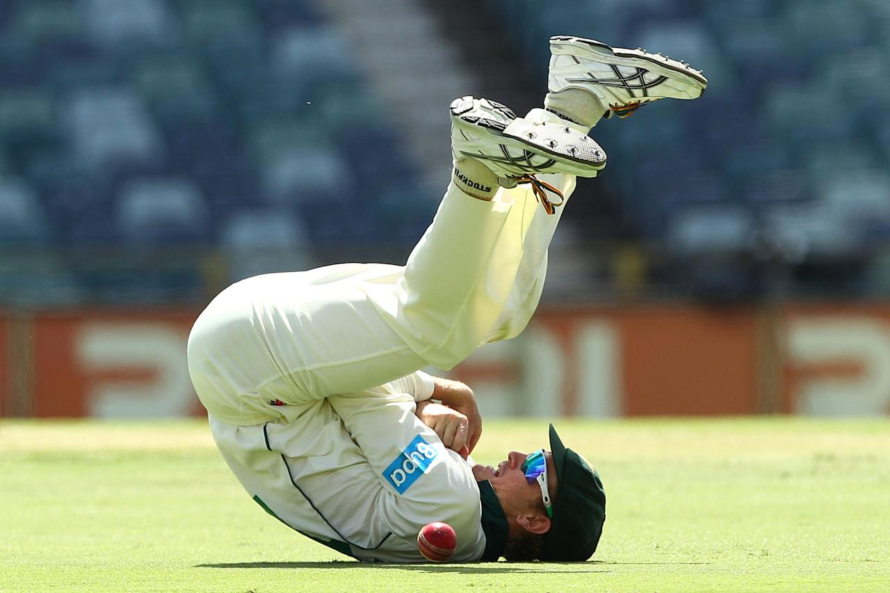 PERTH, AUSTRALIA - FEBRUARY 23:  George Bailey of the Tigers drops a catch  from John Rogers of the Warriors during day three of the Sheffield Shield match between the Western Australia Warriors and the Tasmania Tigers at WACA on February 23, 2013 in Perth, Australia.  (Photo by Paul Kane/Getty Images)