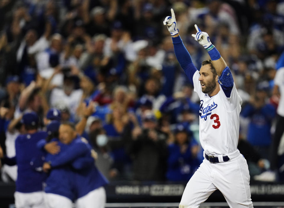 Los Angeles, CA - October 06:  Chris Taylor #3 of the Los Angeles Dodgers hits a game winning two run home run in the ninth inning of the Wild Card National League baseball game to defeat the St. Louis Cardinals 3-1 at Dodger Stadium in Los Angeles on Wednesday, October 6, 2021. (Photo by Keith Birmingham/MediaNews Group/Pasadena Star-News via Getty Images)