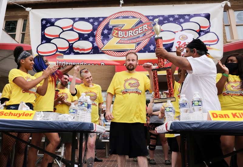 """Z-Burger twelfth annual """"Independence Burger Eating Championship"""" contest in Washington"""