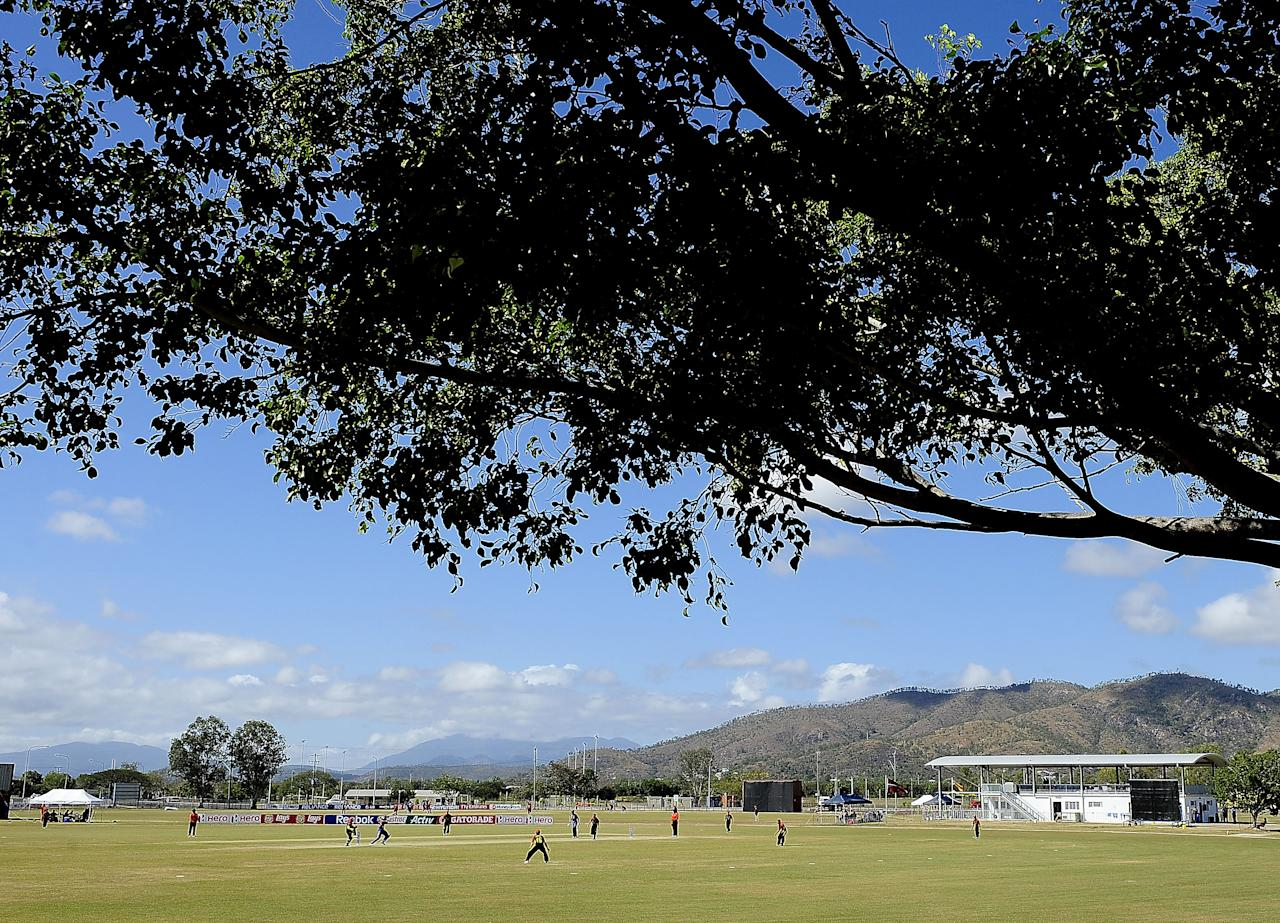 TOWNSVILLE, AUSTRALIA - AUGUST 16:  A general view of the filed of play during the ICC U19 Cricket World Cup 2012 match between India and PNG at Endeavour Park on August 16, 2012 in Townsville, Australia.  (Photo by Ian Hitchcock-ICC/Getty Images)
