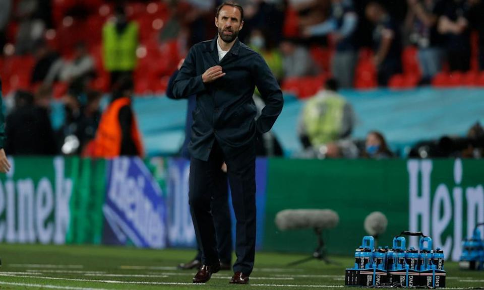 Gareth Southgate watches his side labour to a 0-0 draw against Scotland