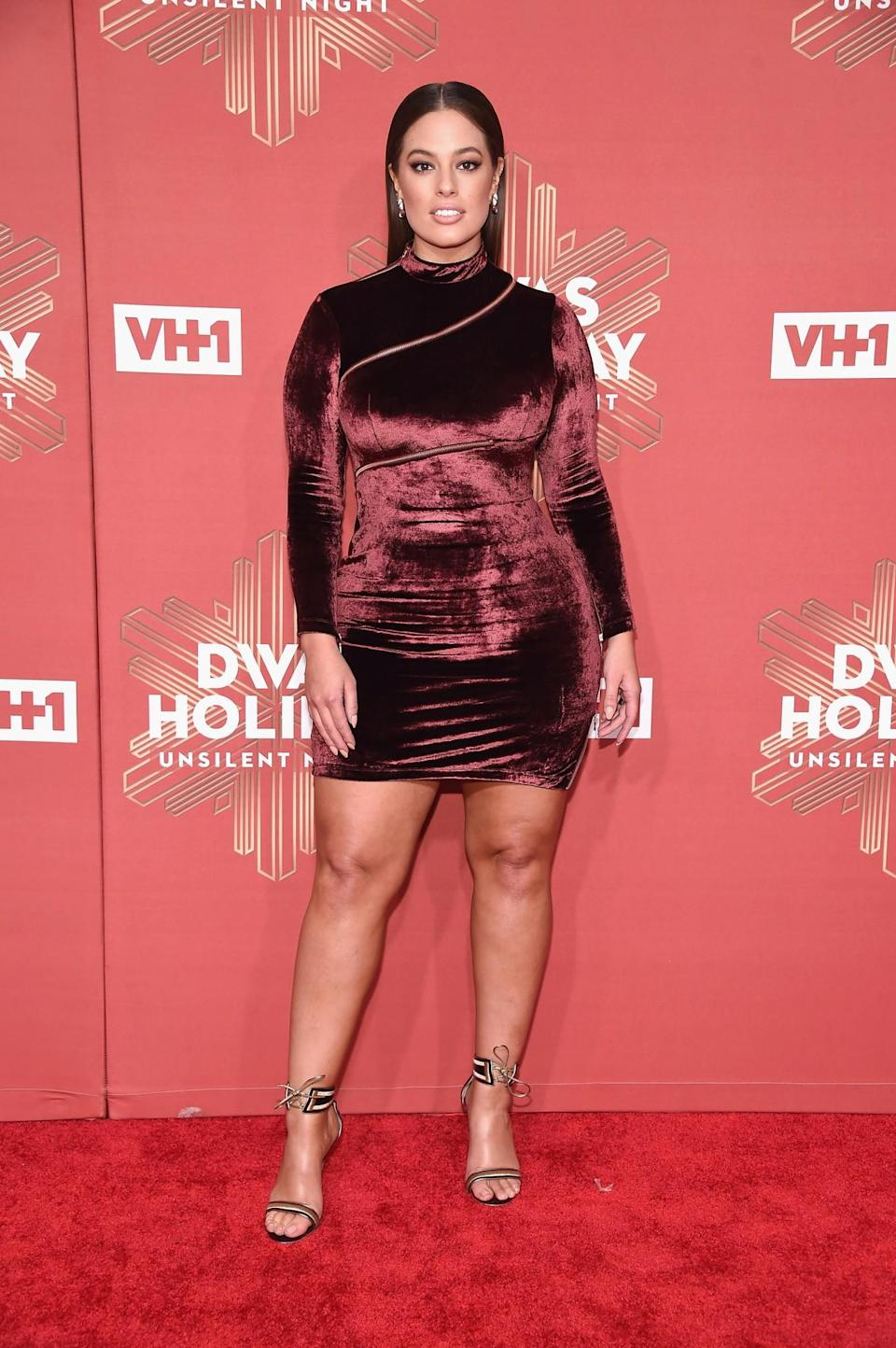 <p>Velvet is one of the key textures this season, and US model Ashley shows exactly how to wear it with this high-neck maroon mini dress. [Photo: Getty] </p>
