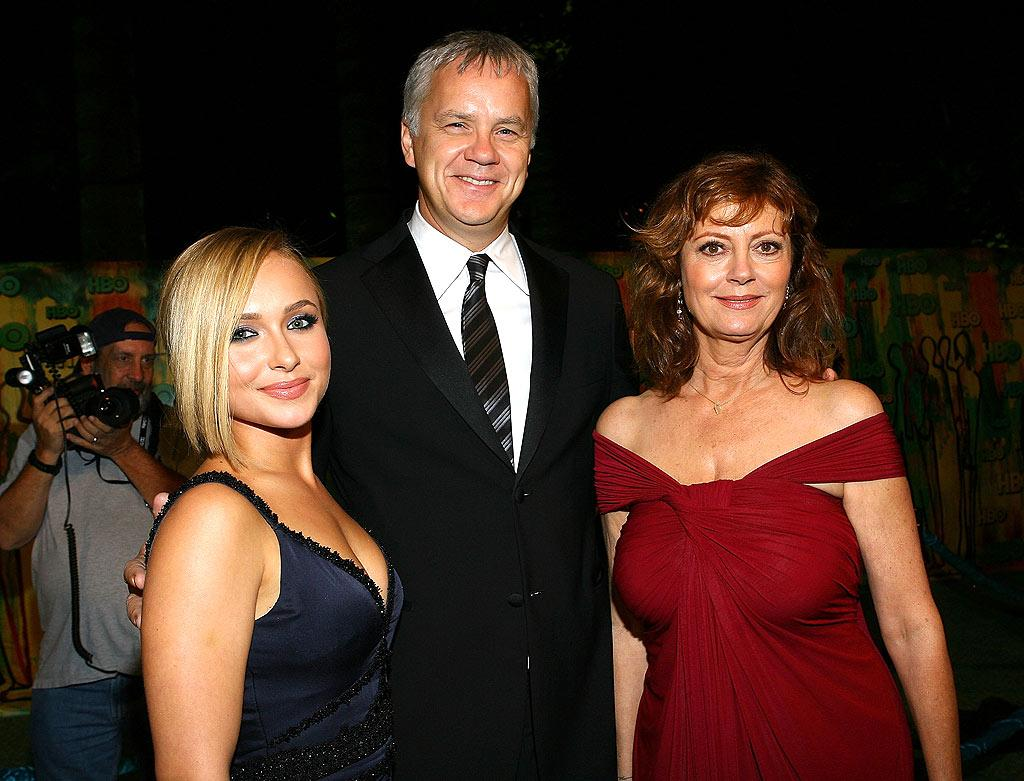 """Heroes"" hottie Hayden Panettiere chatted up Hollywood supercouple Tim Robbins and Susan Sarandon. FilmMagic Inc/<a href=""http://filmmagic.com/"" target=""new"">FilmMagic.com</a> - September 21, 2008"