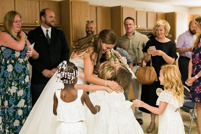 Teacher Marielle Slagel Keller invited her entire class to be in her wedding party. (Photo: Cory and Jackie Wedding Photography/ Courtesy The IPS)