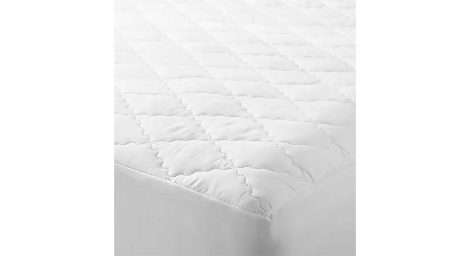 Synthetic Soft Touch Washable Quilted Mattress Protector (Double)