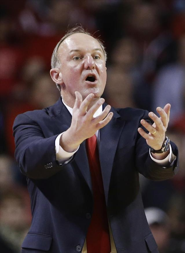 Ohio State coach Thad Matta calls instructions in the first half of an NCAA college basketball game against Nebraska in Lincoln, Neb., Monday, Jan. 20, 2014. (AP Photo/Nati Harnik)