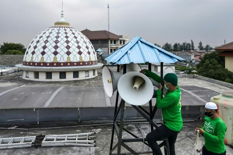 Aware of the growing discord around volume, the Indonesian Mosque Council (IMC) is deploying teams to tackle mosque sound systems around the nation -- but it's a delicate subject (AFP/BAY ISMOYO)