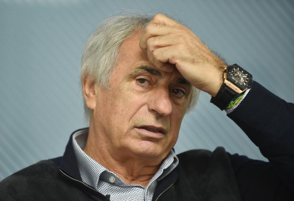 Japan's under-fire football coach Vahid Halilhodzic has picked up a caution from his employers after he was involved in a minor traffic accident, local media report, June 16, 2017 (AFP Photo/KAZUHIRO NOGI)