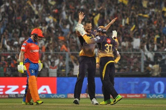 Nathan Coulter-Nile, KKR, Brendon McCullum, Gujarat Lions, IPL 2017