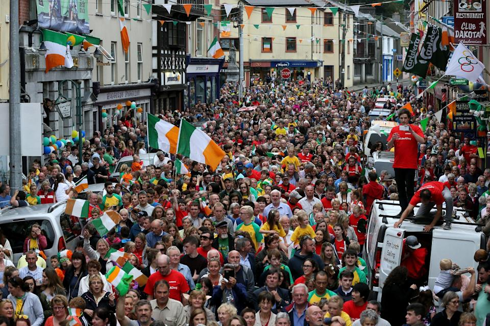 Fans line the streets during a homecoming parade in Skibbereen, Co Cork, in 2016 (Brian Lawless/PA) (PA Archive)