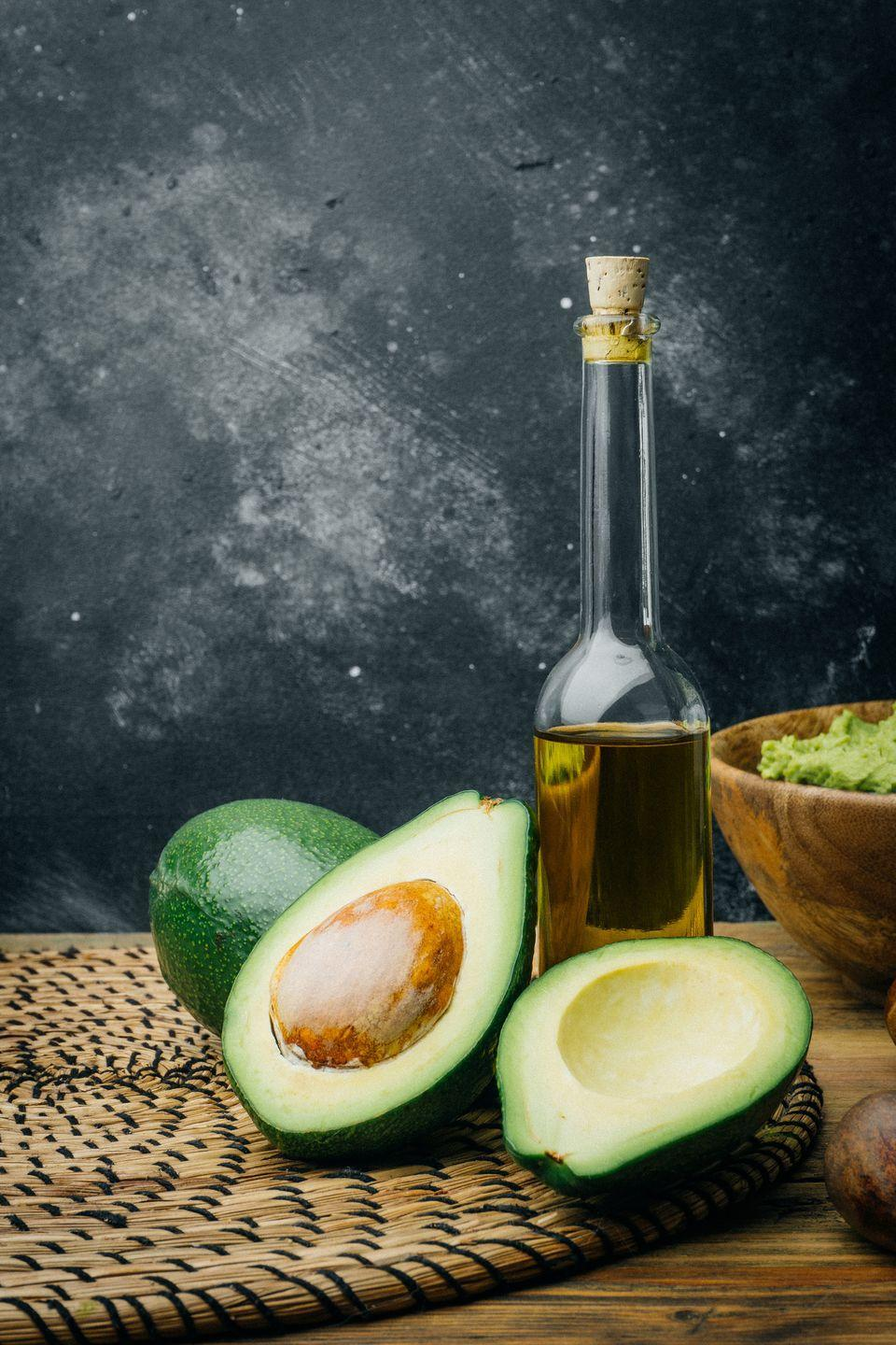 <p>Extracted from the pulp of the avocado fruit, avocado oil carries many of the same benefits; its loaded with heart-healthy monounsaturated fats which can help reduce high-blood pressure and cholesterol. </p>