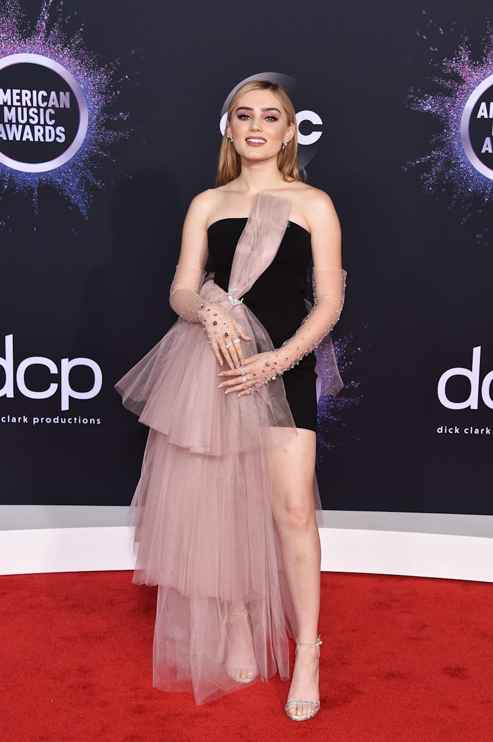 """<h1 class=""""title"""">Meg Donnelly in Atelier Swarovski jewelry and Stuart Weitzman shoes</h1><cite class=""""credit"""">Photo: Getty Images</cite>"""