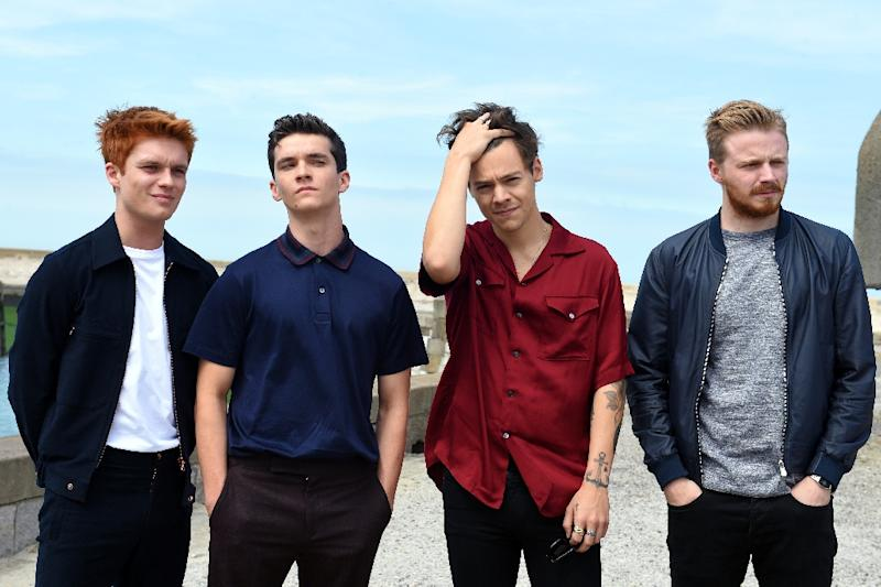 """""""Dunkirk"""" actors (from left to right) Tom Glynn-Carney, Fionn Whitehead, Harry Styles and Jack Lowden pose for a photocall in Dunkirk (AFP Photo/FRANCOIS LO PRESTI)"""