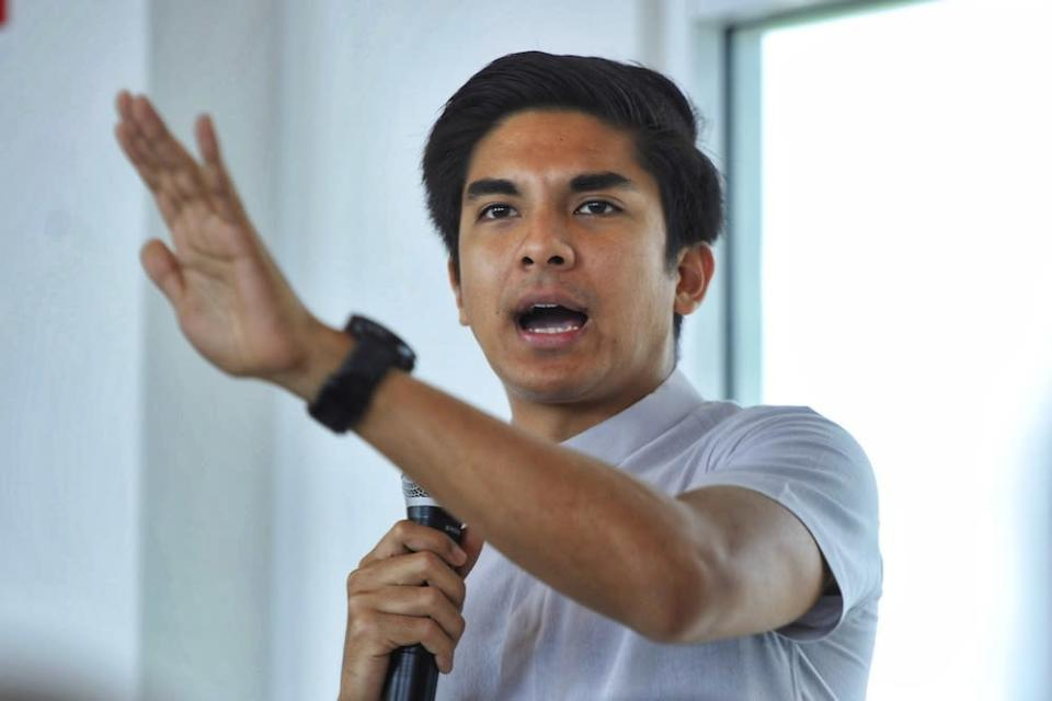 Muar MP Syed Saddiq Abdul Rahman took to Twitter to express his dissatisfaction over the incident. — Picture by Shafwan Zaidon