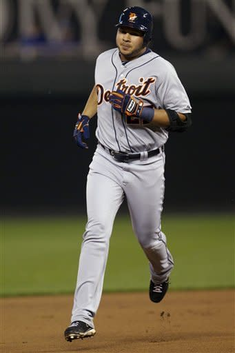 Detroit Tigers' Jhonny Peralta (27) rounds the bases after hitting a solo home run off Kansas City Royals starting pitcher Bruce Chen during the fifth inning of a baseball game at Kauffman Stadium in Kansas City, Mo., Monday, Oct. 1, 2012. (AP Photo/Orlin Wagner)