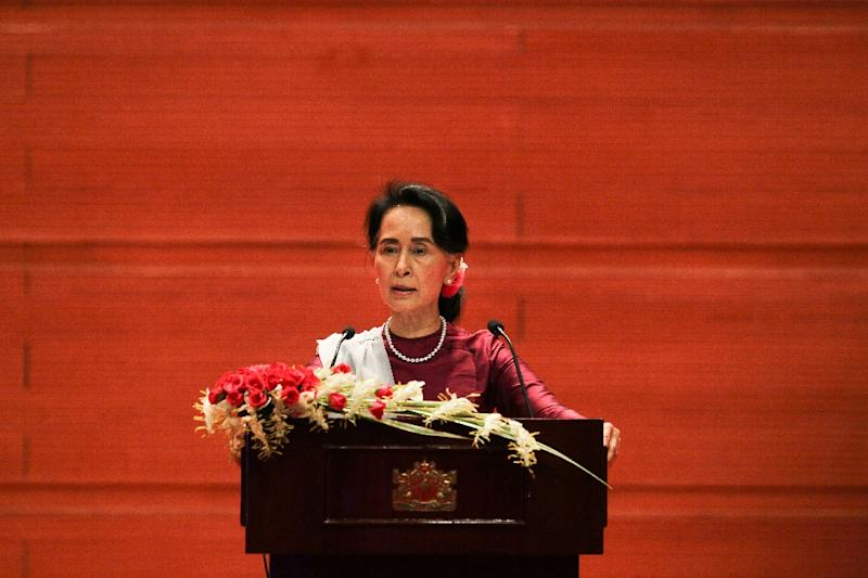 Myanmar's leader Aung San Suu Kyi has said her country will repatriate Rohingya Muslims who meet a strict criteria set in 1993