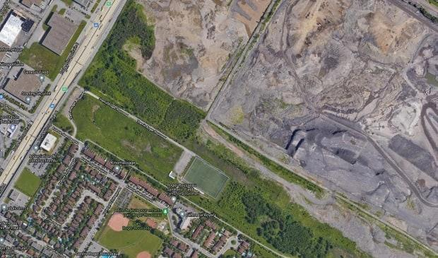 The new school is set to be built in a vacant lot 130 metres away from the quarry.