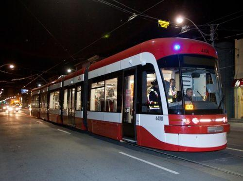 transit watch: New TTC Video Shows Off Superlong Streetcar Features