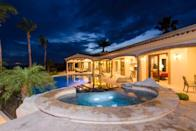 """<p>The only thing better than a private pool is a private pool with plunge pool.</p><p>Book via: <a href=""""https://www.airbnb.co.uk/rooms/5458959?location=America"""" rel=""""nofollow noopener"""" target=""""_blank"""" data-ylk=""""slk:Airbnb"""" class=""""link rapid-noclick-resp"""">Airbnb</a></p>"""