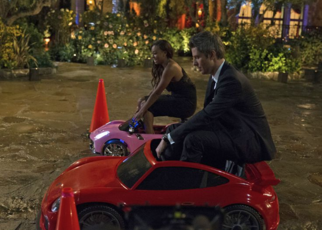 Brittany T. and Arie hit the road. (Photo: ABC)