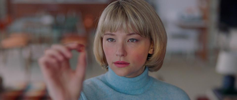 Hunter (Haley Bennett) is compelled to eat ordinary objects in the psychological thriller <em>Swallow</em>. (Photo: IFC Films)