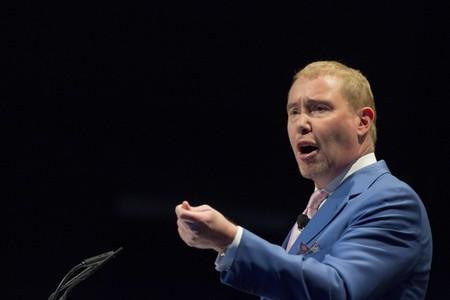 DoubleLine CEO Jeffrey Gundlach warns Fed rate cuts will not stop U.S. recession