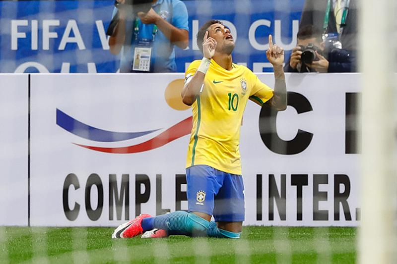Neymar Headlines Brazil's World Cup Team