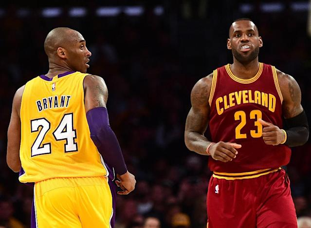 "Kobe Bryant looks back at <a class=""link rapid-noclick-resp"" href=""/nba/players/3704/"" data-ylk=""slk:LeBron James"">LeBron James</a> in the absence of context. (Getty Images)"