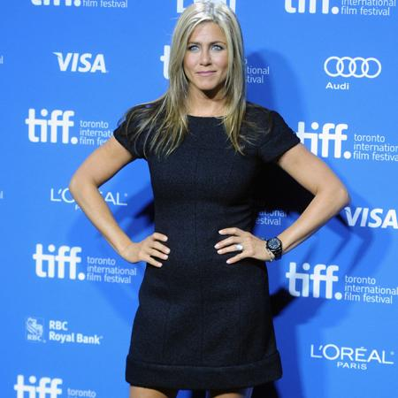 Aniston and Clooney 'party in Cabo'