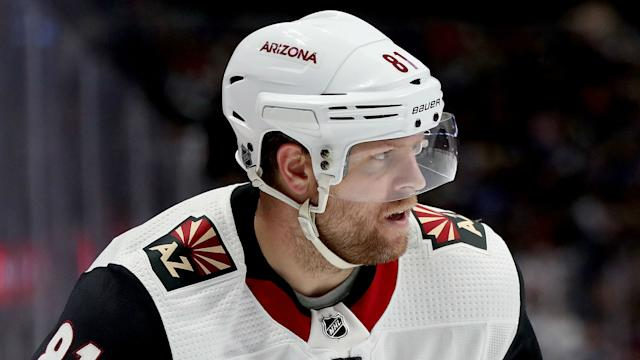 phil-kessel-arizona-coyotes-101519-getty-ftr.jpeg