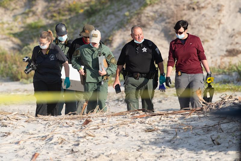 Missing New Hampshire couple found buried on Texas beach, sheriff's office says