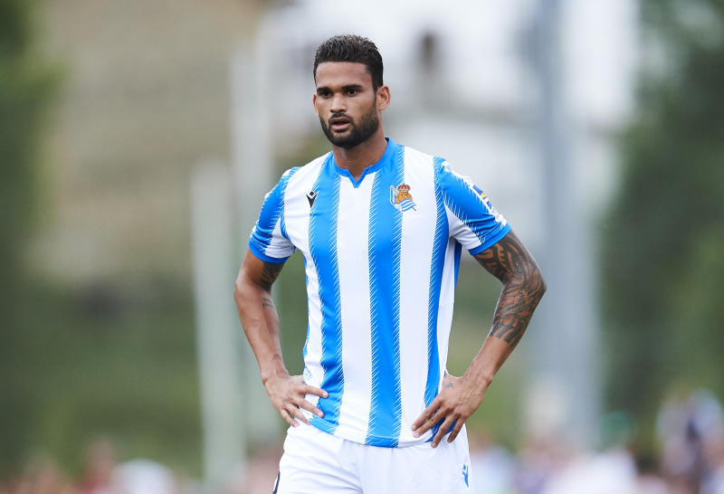ZARAUTZ, SPAIN - JULYWillian José durante a pré-temporada com o Real Sociedad. (Foto: Juan Manuel Serrano Arce/Getty Images)20: Willian Jose Da Silva of Real Sociedad reacts during the Pre-season friendly match between Real Sociedad and Real Racing at Asti Stadium on July 20, 2019 in Zarautz, Spain. (Photo by Juan Manuel Serrano Arce/Getty Images)