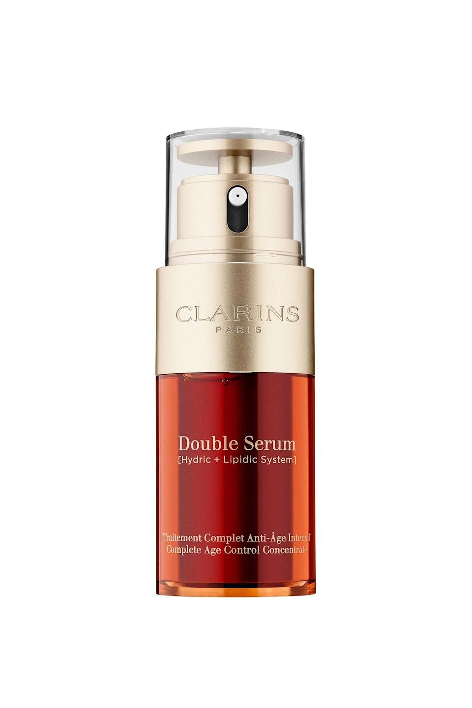 """<p><strong>Clarins</strong></p><p>saksfifthavenue.com</p><p><strong>$89.00</strong></p><p><a href=""""https://go.redirectingat.com?id=74968X1596630&url=https%3A%2F%2Fwww.saksfifthavenue.com%2Fsaks%2Fproduct%2F0400095657393&sref=https%3A%2F%2Fwww.elle.com%2Fbeauty%2Fmakeup-skin-care%2Ftips%2Fg8091%2Fface-serum%2F"""" rel=""""nofollow noopener"""" target=""""_blank"""" data-ylk=""""slk:Shop Now"""" class=""""link rapid-noclick-resp"""">Shop Now</a></p><p>Some of the best plant-based extracts are water-soluble. Others can only thrive in oil-based solutions. The dual-chambers in this handy vial makes space for both types—20 botanical actives, to be exact, including turmeric, oats, and kiwi. </p><p>If your skin is extra dry, go for a power shot. On oilier days, dial the adjustable nozzle back to a smaller dosage.</p>"""