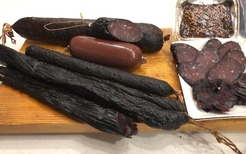 A Magadan entrepreneur has received a state grant to produce seal sausages. He already makes seal bacon and fat - 49gov.ru