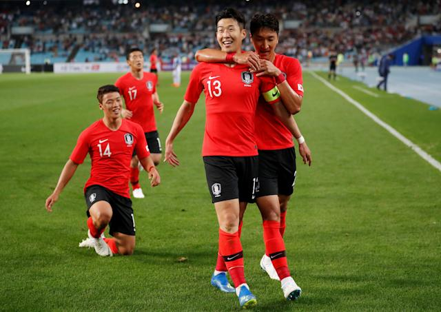 Soccer Football - International Friendly - South Korea vs Honduras - Daegu Stadium, Daegu, South Korea - May 28, 2018 South Korea's Son Heung-Min celebrates scoring their first goal with team mates REUTERS/Kim Hong-Ji