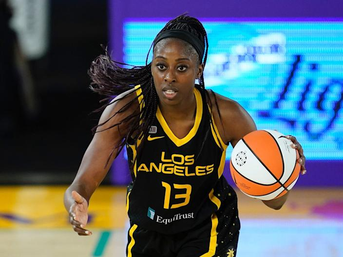 Chiney Ogwumike dribbles the ball for the Los Angeles Sparks.