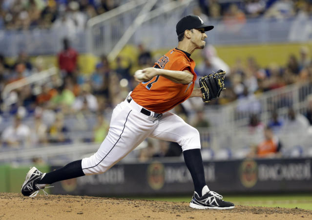 Miami Marlins relief pitcher Steve Cishek throws against the Pittsburgh Pirates during the ninth inning of a baseball game in Miami, Sunday, July 28, 2013. The Marlins won 3-2. (AP Photo/Alan Diaz)
