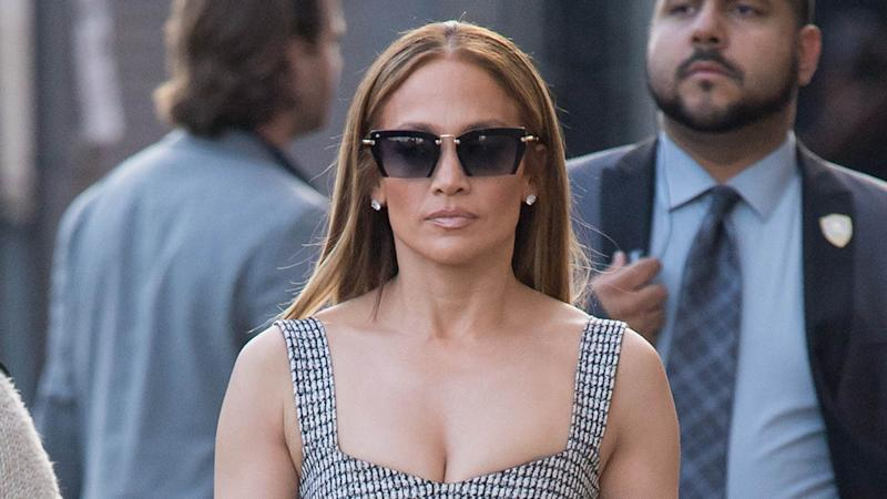 7b238c6028 8 Stylish Sunglasses Celebrities Are Wearing Right Now  Shop